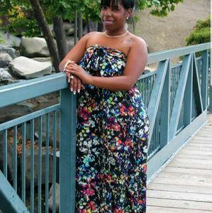 Dresses - Long Floral Maxi Dress